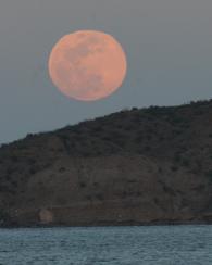 Moonrise over Danzante Island