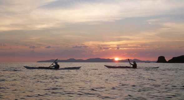 Sunrise paddlers